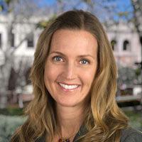 Katie Zanoni Headshot