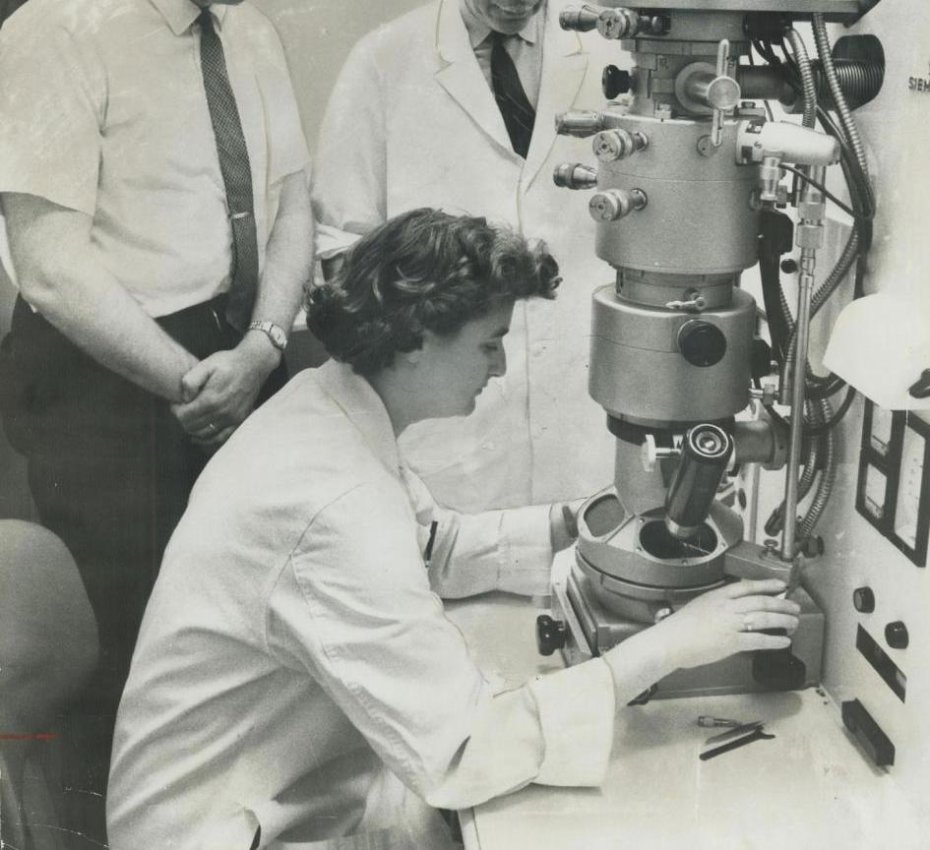 Scientist June Almeida, operating an Electron Microscope in 1963